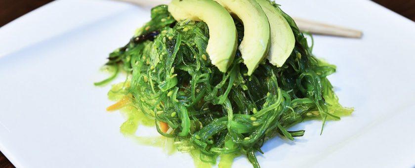 Algi morskie w kuchni – jak je jeść?