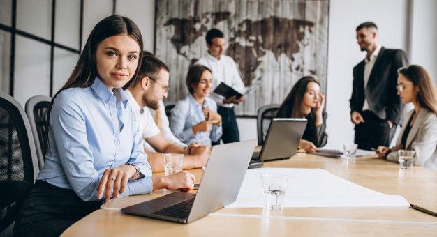 Praca tymczasowa – to musisz wiedzieć, gdy chcesz korzystać z usług agencji zatrudnienia