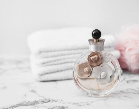Wybieramy najlepsze damskie perfumy na wiosnę