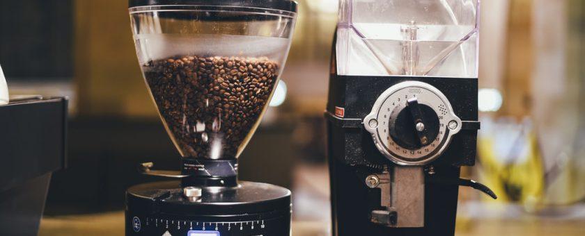 Ekspres przelewowy do kawy – działanie i naprawa