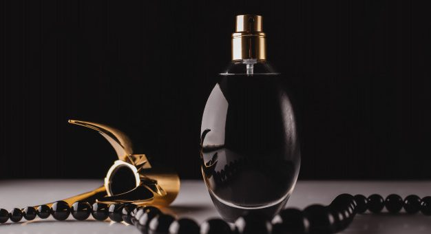 Poznaj kultowe męskie zapachy, które nigdy nie wyjdą z mody!
